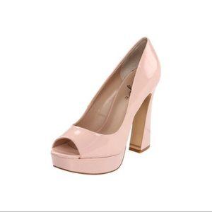 Fergie Magnificent retro heels
